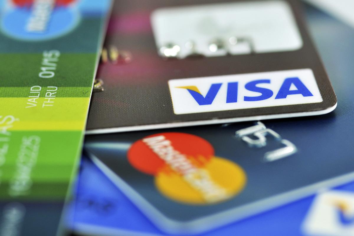 Falsificacion de firmas en tarjetas bancaria